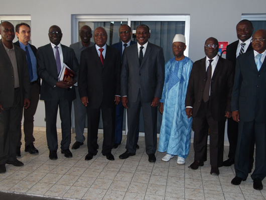 Exchange meeting between Abidjan district mayors and the general management of ONEP
